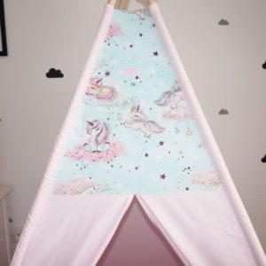 Dare To Dream Cort roz pastel cu unicorni