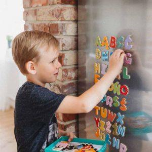 Litere magnetice pentru frigider